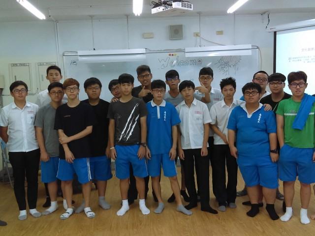 106年度陳俊豪(chen,chun-hao)教授至科教導模型製作課程-