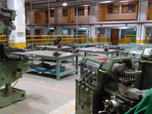 機械基礎加工區